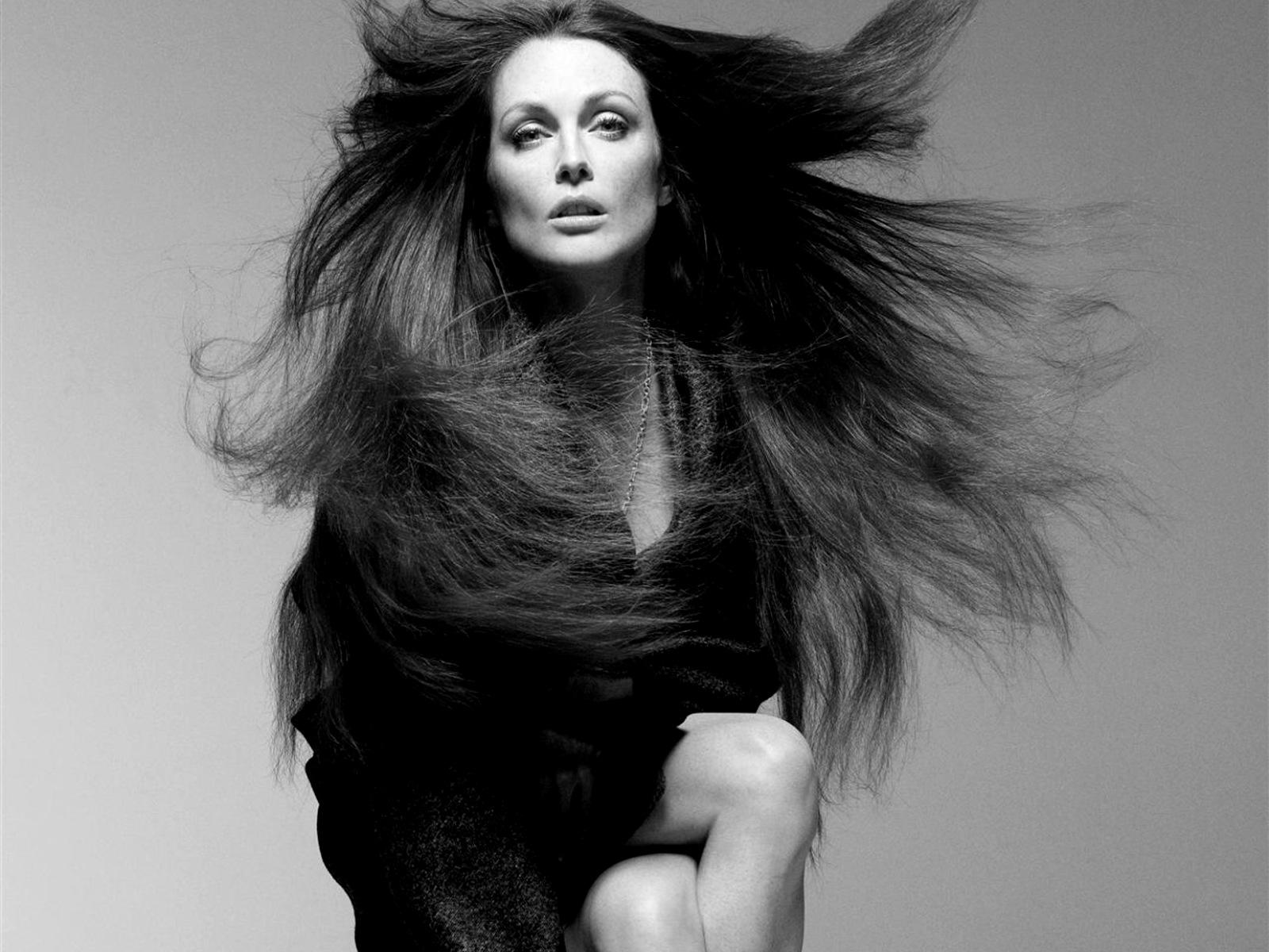 julianne moore makeup